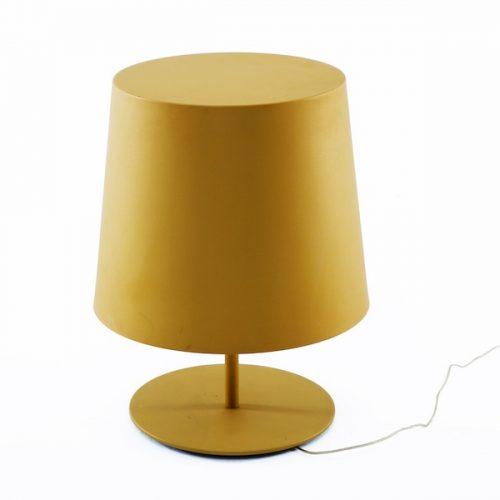 Lampada da tavolo Gold a noleggio
