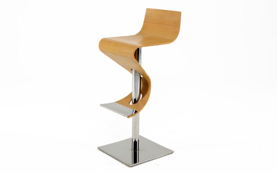 Sgabello onda di b b legno altezza regolabile rental design