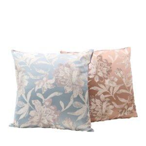 cuscini floreali vintage classici azzurro e tortora a noleggio rental design