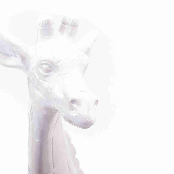 sculture in ceramica giraffe noleggio props dettaglio